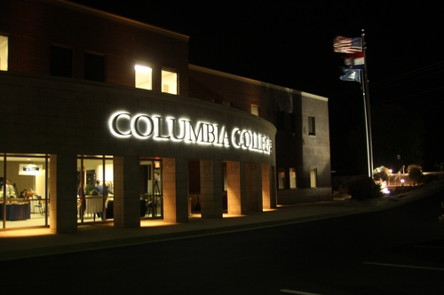 Columbia College - Associate's in Business Administration Online