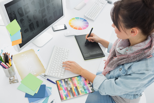 Image for our FAQ on What Careers are Available with an Associate's Degree in Art and Design?